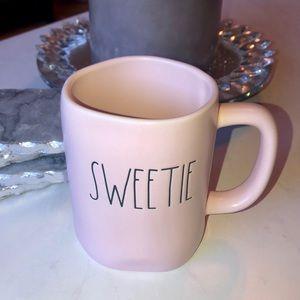 💗 Sweetie Mug Rae Dunn   Pink   Valentine's Day